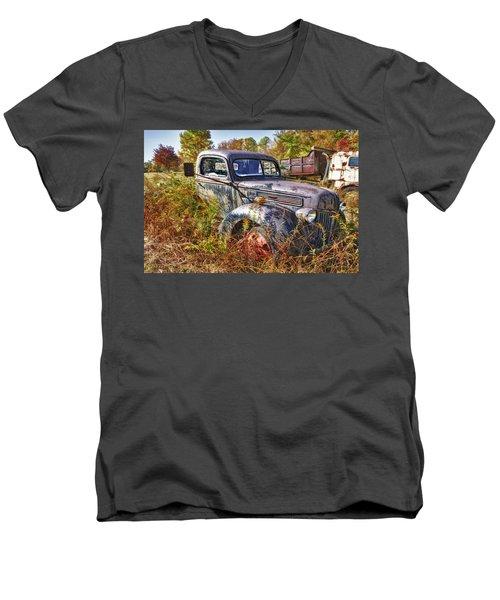 1941 Ford Truck Men's V-Neck T-Shirt