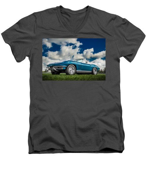 1966 Corvette Stingray  Men's V-Neck T-Shirt