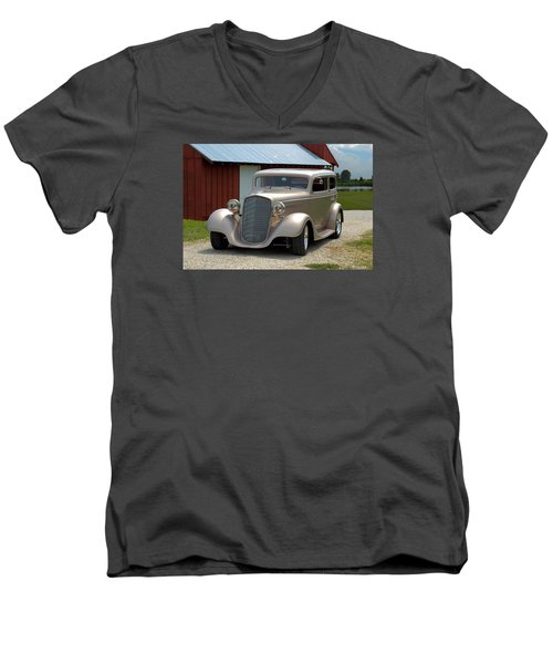 1934 Chevrolet Sedan Hot Rod Men's V-Neck T-Shirt