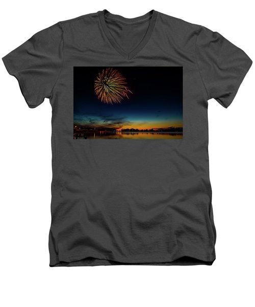 4th Of July Men's V-Neck T-Shirt