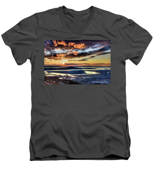 Great Salt Lake Sunset Men's V-Neck T-Shirt