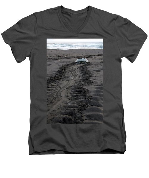 Men's V-Neck T-Shirt featuring the photograph Green Sea Turtle Returning To Sea by Breck Bartholomew