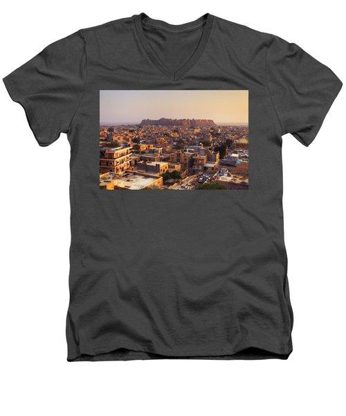 Jaisalmer - India Men's V-Neck T-Shirt