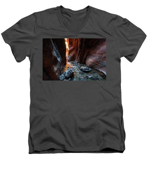 Kanarra Slot Canyon Men's V-Neck T-Shirt