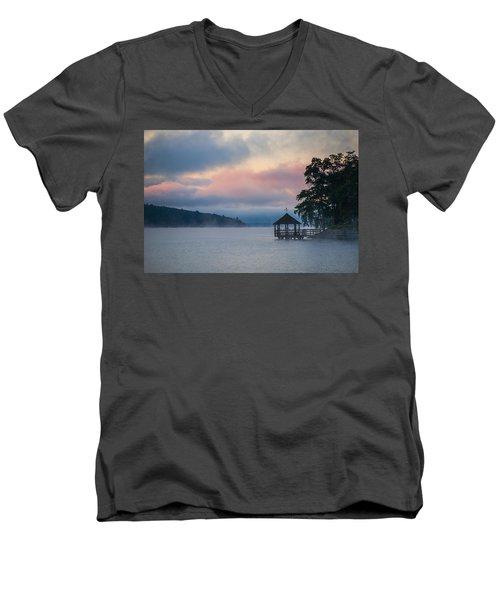 Meredith New Hampshire Men's V-Neck T-Shirt