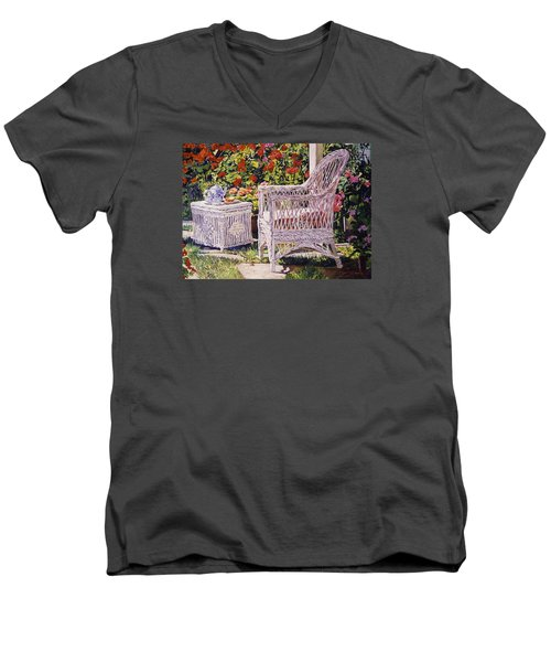 Tea Time Men's V-Neck T-Shirt