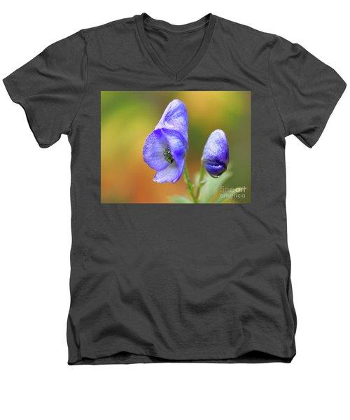 Wolf's Bane Flower Men's V-Neck T-Shirt