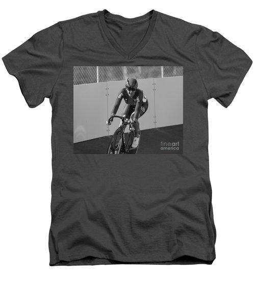 200 Meter Men's V-Neck T-Shirt