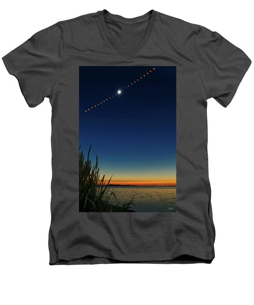 2017 Great American Eclipse Men's V-Neck T-Shirt