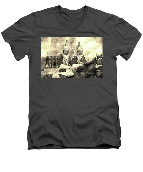 Household Cavalry Changing Of The Guard Vintage Men's V-Neck T-Shirt