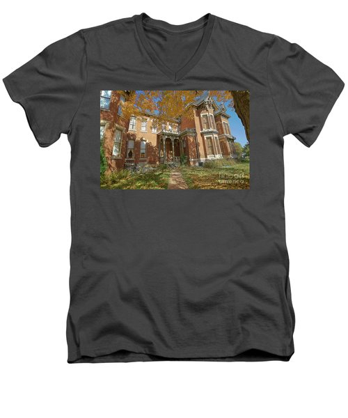 Vaile Mansion Men's V-Neck T-Shirt