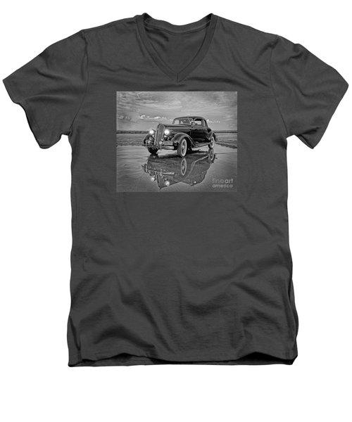 36 Plymouth Reflections Pencil Sketch Men's V-Neck T-Shirt