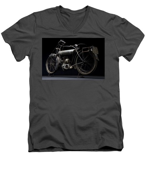 1917 Triumph Model H Men's V-Neck T-Shirt