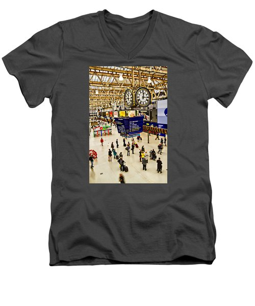 London Waterloo Station Men's V-Neck T-Shirt