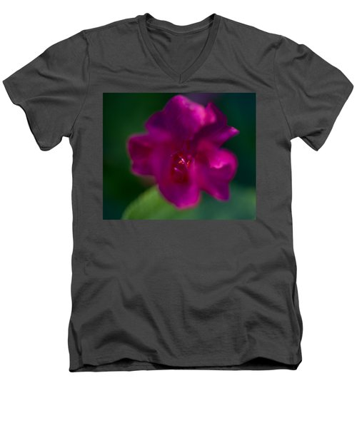 4 O'clock Men's V-Neck T-Shirt