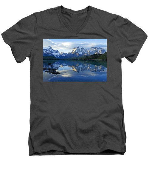 Patagonia Reflection Men's V-Neck T-Shirt