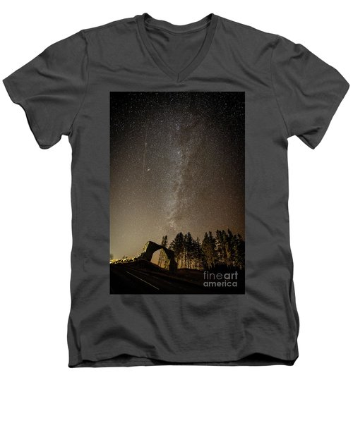 The Milky Way Over The Hafod Arch, Ceredigion Wales Uk Men's V-Neck T-Shirt