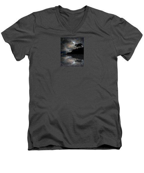 4156 Men's V-Neck T-Shirt by Peter Holme III
