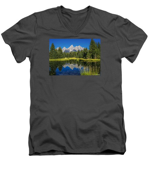 #5700 - Shwabakers Landing, Wyoming Men's V-Neck T-Shirt
