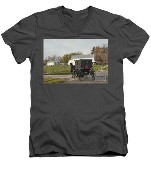 Amish Buggy Men's V-Neck T-Shirt