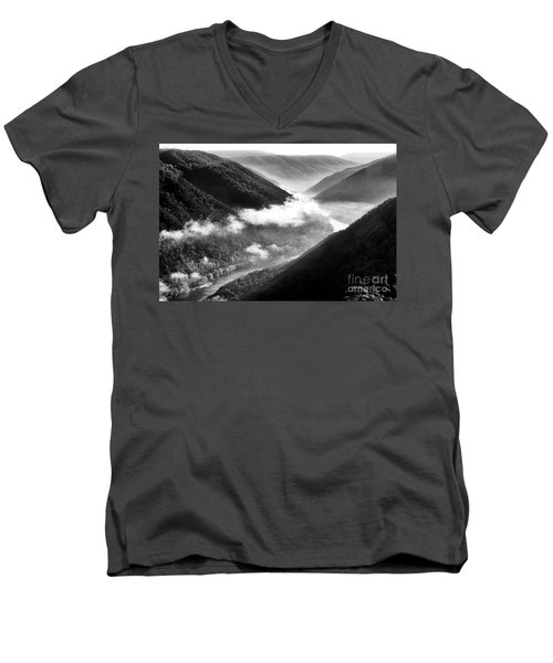 Grandview New River Gorge Men's V-Neck T-Shirt