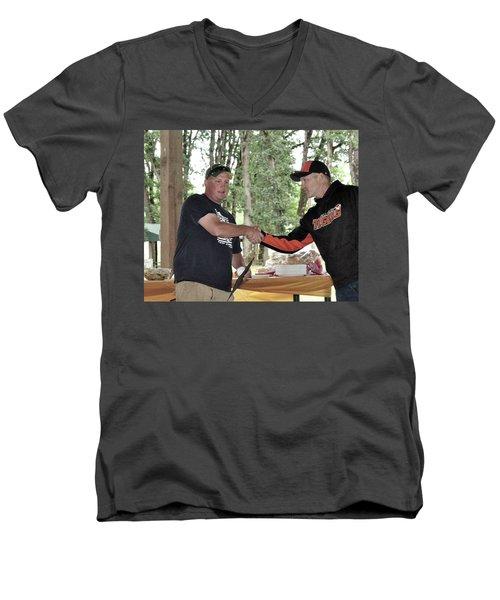 9773 Men's V-Neck T-Shirt