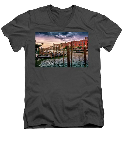 Surreal Seascape On The Grand Canal In Venice, Italy Men's V-Neck T-Shirt