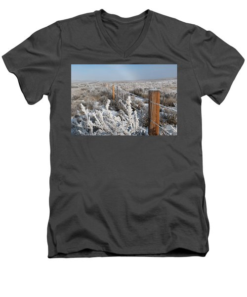 A Frosty And Foggy Morning On The Way To Steamboat Springs Men's V-Neck T-Shirt