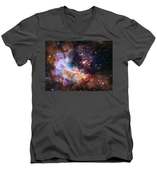 a giant cluster of about 3,000 stars called Westerlund Men's V-Neck T-Shirt