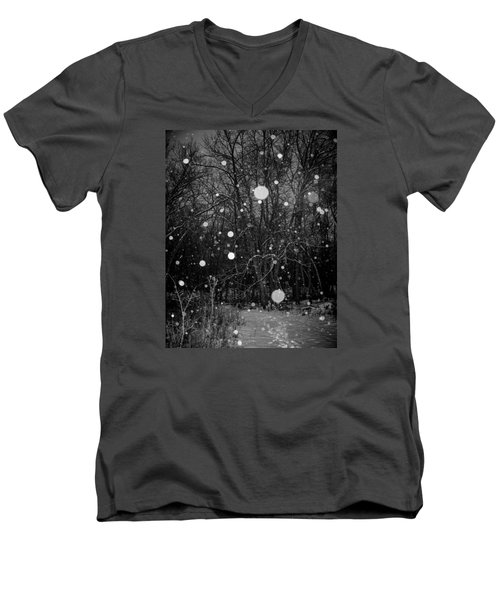 Men's V-Neck T-Shirt featuring the photograph A Message by Annette Berglund