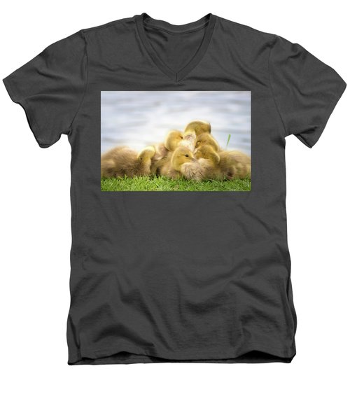 A Pile Of Goslings Men's V-Neck T-Shirt