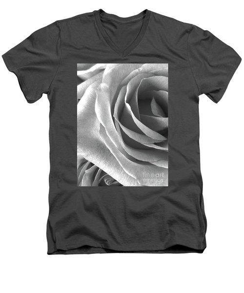 A Portrait Of Rose Men's V-Neck T-Shirt