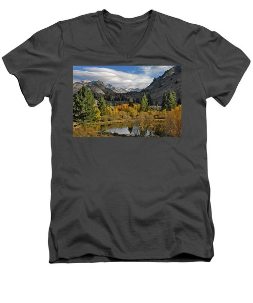 A Sierra Mountain View Men's V-Neck T-Shirt