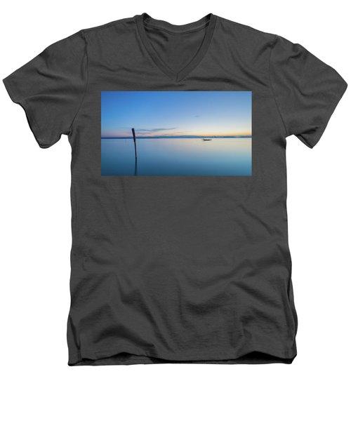 A Vewy Big Stick Men's V-Neck T-Shirt