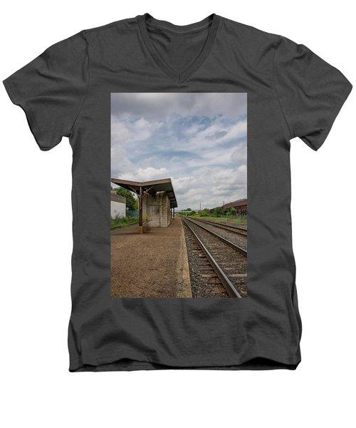 Abandoned Depot Men's V-Neck T-Shirt