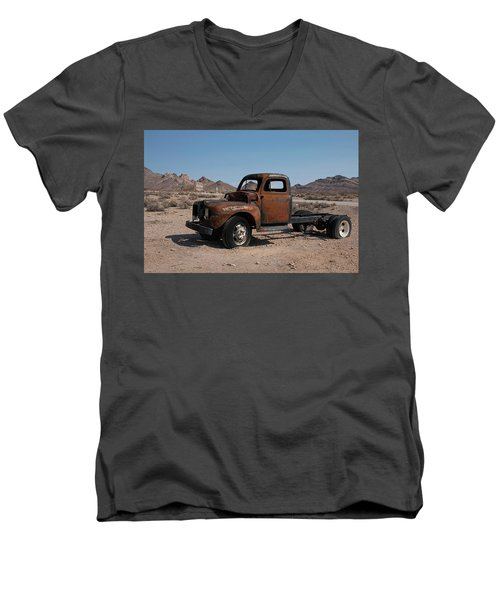 Abandoned In Rhyolite Men's V-Neck T-Shirt