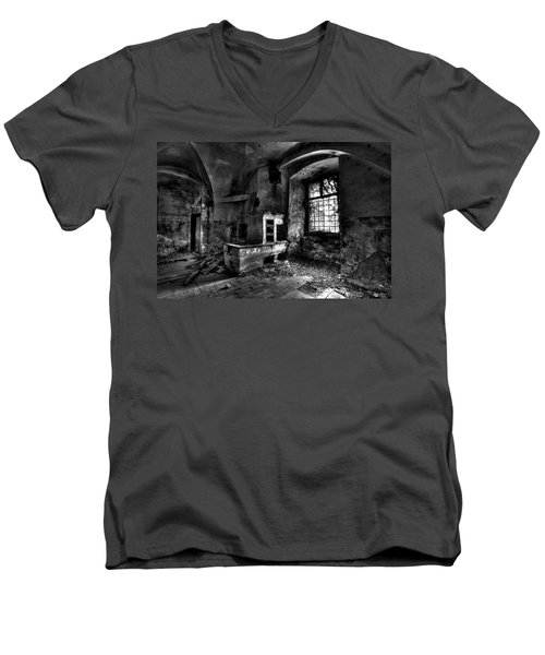Abandoned Kitchen Men's V-Neck T-Shirt