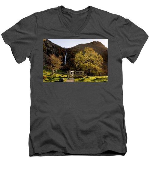 Aber Falls Men's V-Neck T-Shirt
