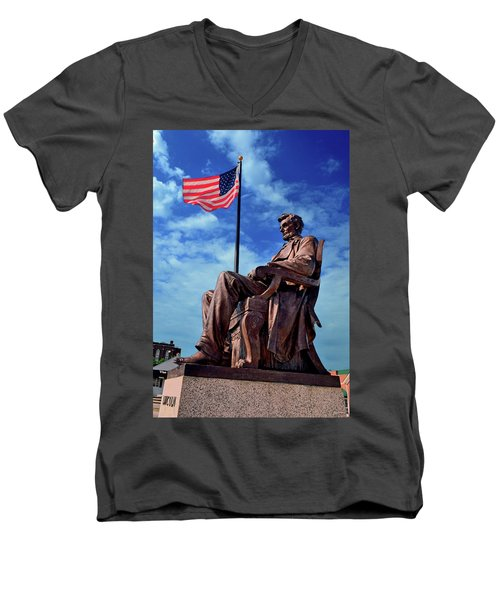Abraham Lincoln Birthplace 002 Men's V-Neck T-Shirt