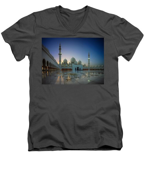 Abu Dhabi Grand Mosque Men's V-Neck T-Shirt