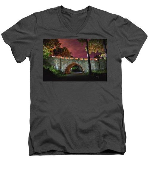 Acadia Carriage Bridge Under The Stars Men's V-Neck T-Shirt