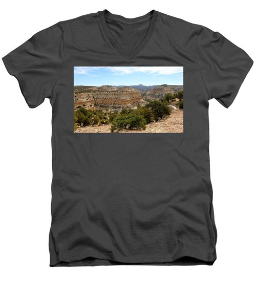 Across Utah  Men's V-Neck T-Shirt