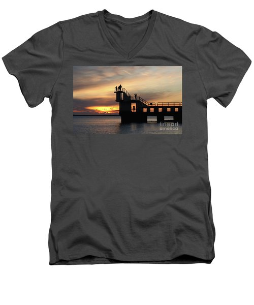 After Sunset Blackrock 5 Men's V-Neck T-Shirt