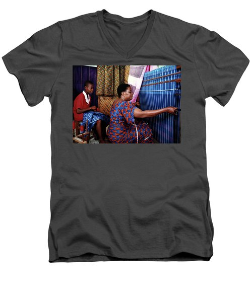 Akwete Weaving Men's V-Neck T-Shirt