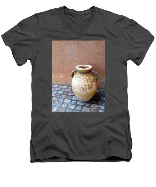 Al Ain Urn Men's V-Neck T-Shirt