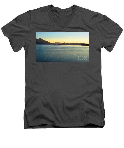 Alaska3 Men's V-Neck T-Shirt