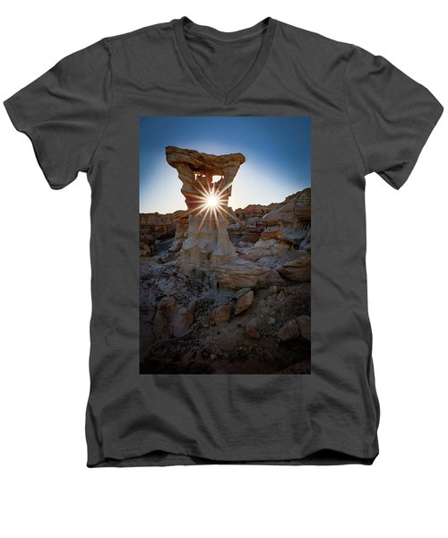 Allien's Throne Men's V-Neck T-Shirt