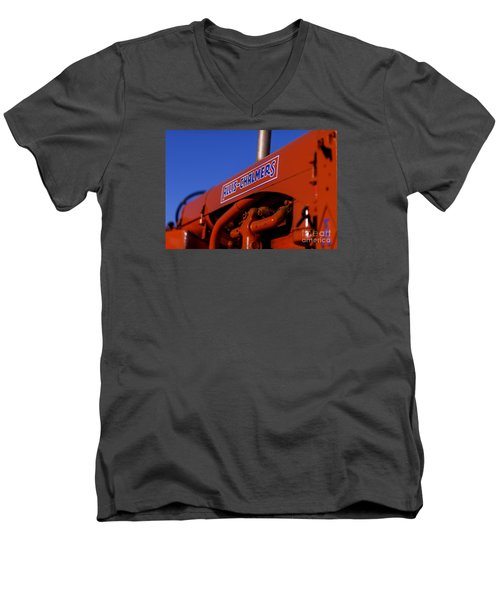 Allis-chalmers Vintage Tractor Men's V-Neck T-Shirt