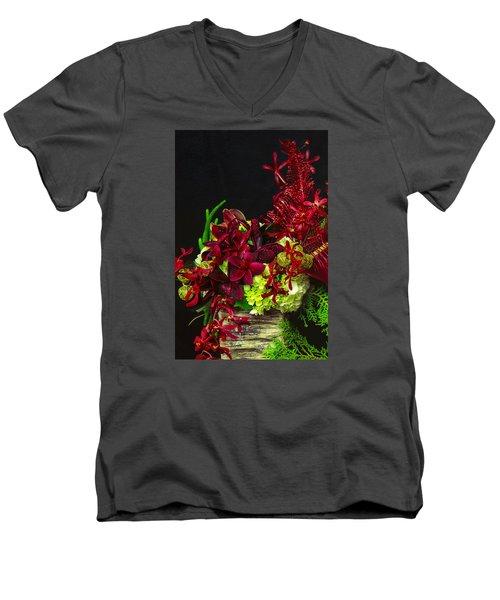 Aloha Kalikimaka Men's V-Neck T-Shirt