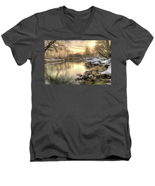 Along The Thames River Signed Men's V-Neck T-Shirt